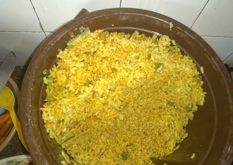 Living Greener for Good Health By Consuming Superfoods, Coconut rice and pepper gizzard