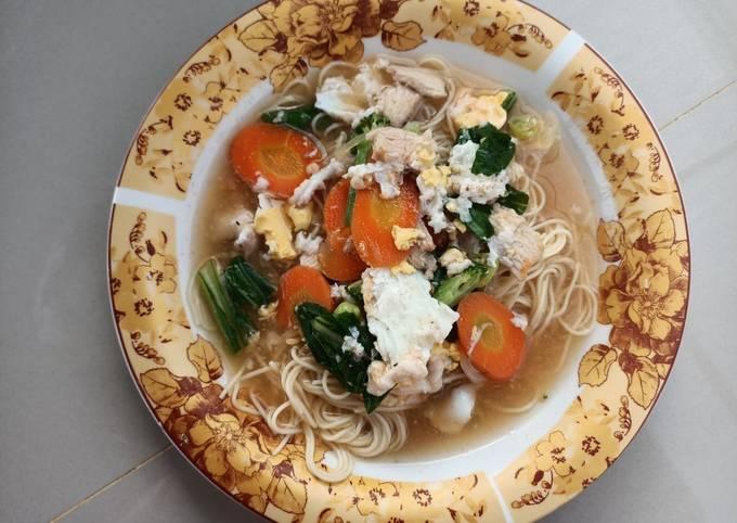 Pasta kuah sayuran menu diet (diet)