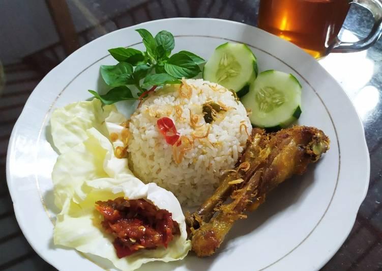 Nasi liwet sunda (tanpa teri) - cookandrecipe.com
