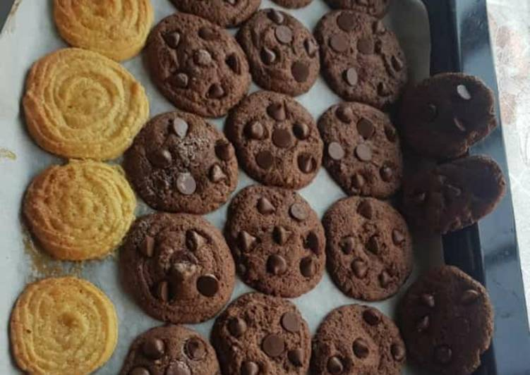 Choco chip cookies kids tasty snack