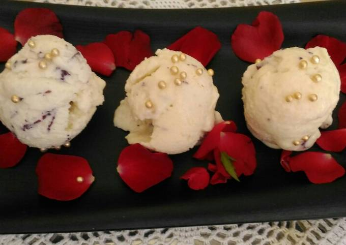 Tender Coconut Rose Petals Ice Cream