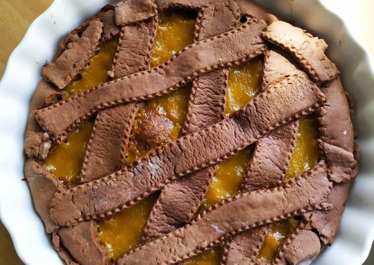 Ricetta Crostata con frolla al cacao e marmellata di pesche