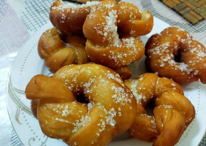 Twisted donuts/how to make tea time snack/simple fluffy soft