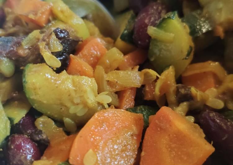 Les Meilleures Recettes de 🌺 Curry de légumes fondants et fruits secs
