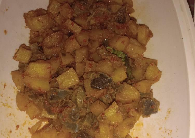 Sambal goreng kentang ampela ayam
