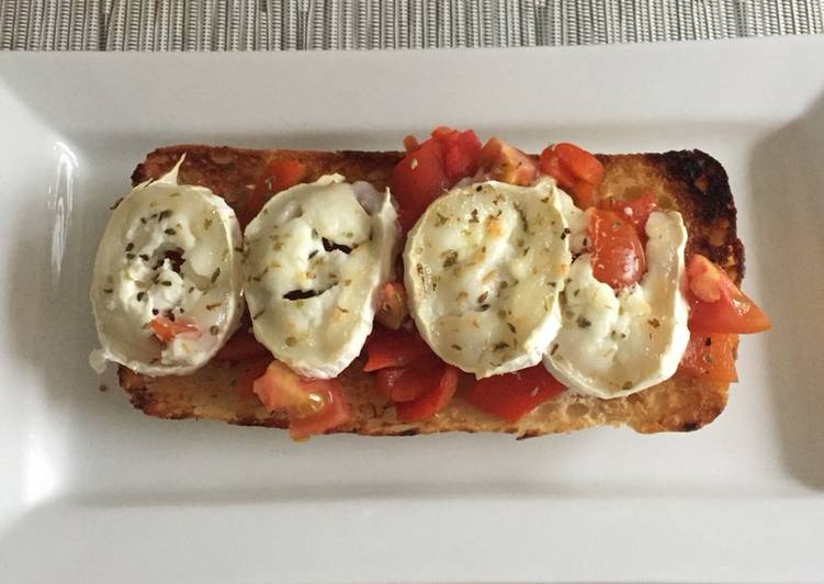 Roasted Red Pepper & Goats Cheese Bruschetta