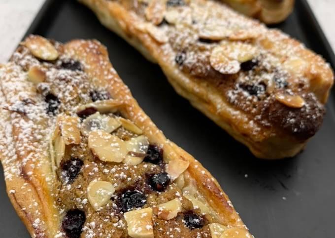 Crousti-galette du chef François Perret à la crème d'amandes/pistaches et myrtilles