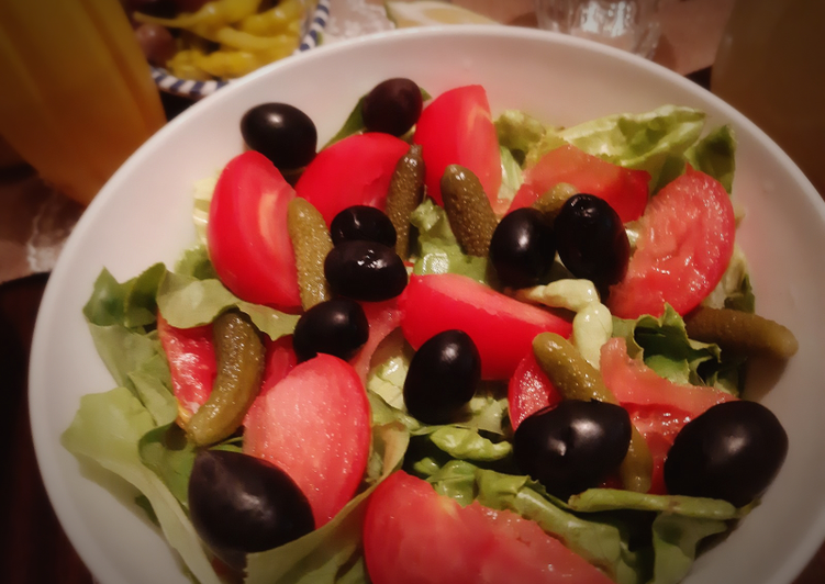 Étapes pour Préparer Super rapide Fait maison Salade laitue/ Tamate ❤