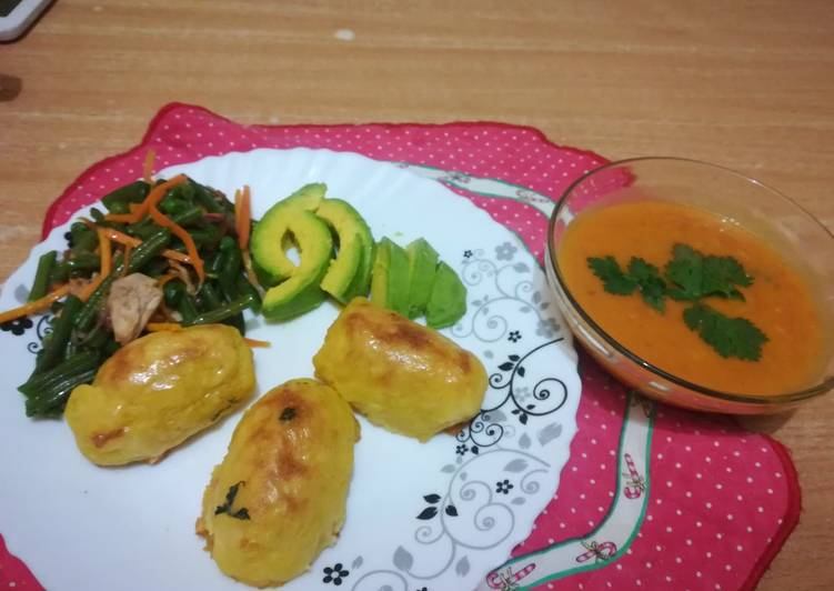 Baked potato croquettes with pumkin/carrot/tomato soup