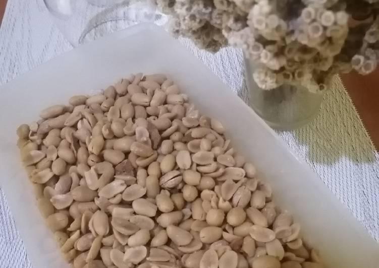 Kacang bawang goreng