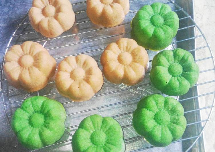 Bolu Kukus Sakura (Tnp Telur Tnp Margarin Tnp Minyak Goreng) - cookandrecipe.com