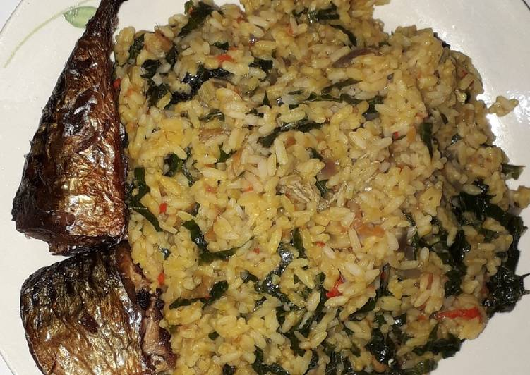 Simple Way to Make Favorite Vegetable palm oil rice with fried fish