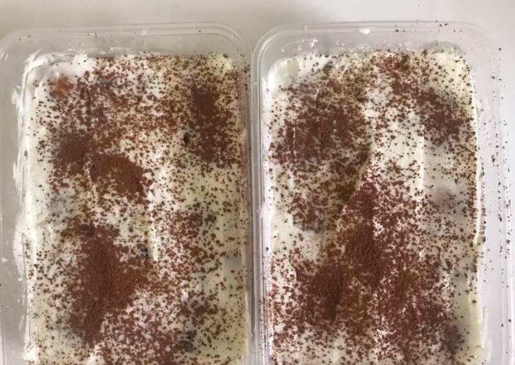 Tiramisu Oreo Dessert Box