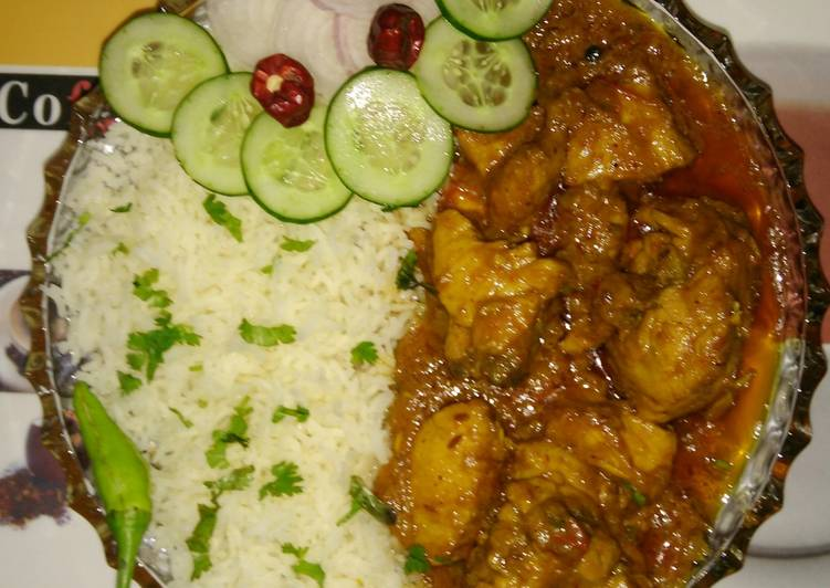 Chicken korma with white rice