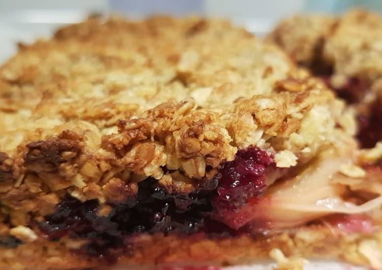 Step-by-Step Guide to Prepare Perfect Rhubarb and Blackberry Oat Slices