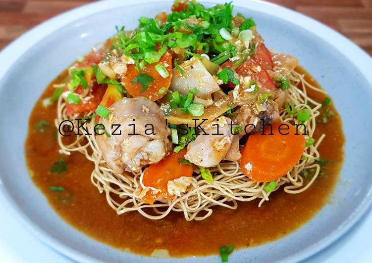 Recipe of Any-night-of-the-week IFUMIE (Deep Fry Noodles Topped with Spicy Stir Vegetables)