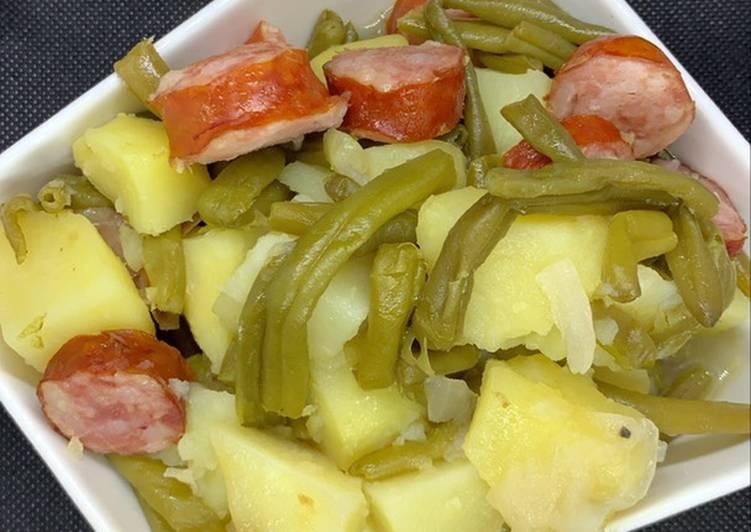 Poêlée pommes de terre haricots saucisses au Cookeo