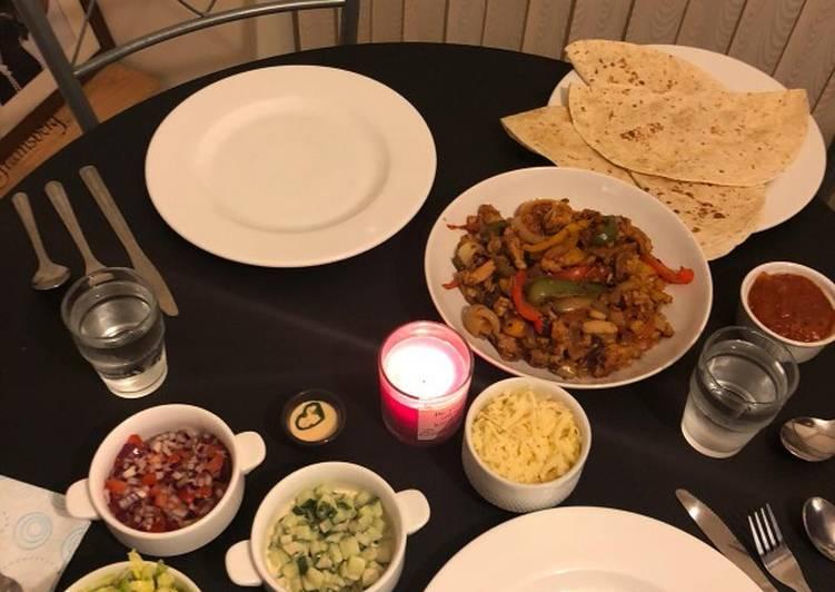 Recipe: Appetizing Mexican chicken fajitas