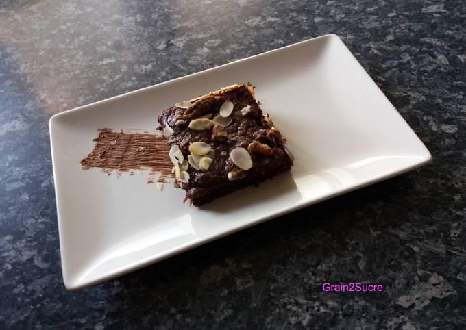 Brownie aux noix de pécan et courgette