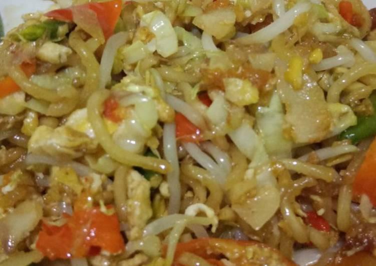 Resep Mie (indomie goreng) tumis pedas Bikin Jadi Laper