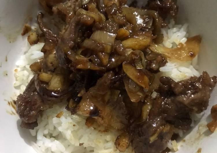 28. Beef Yakiniku Yoshinoya