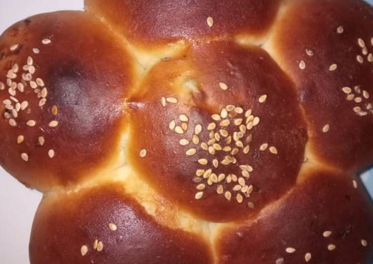 Discover How to Boost Your Mood with Food Flowery bun with vegies filling