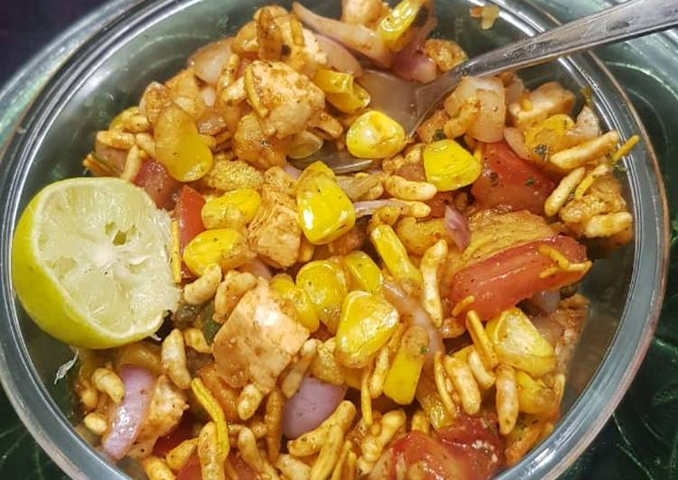 Recipe of Favorite Kurkuri sweetcorn aloo chat