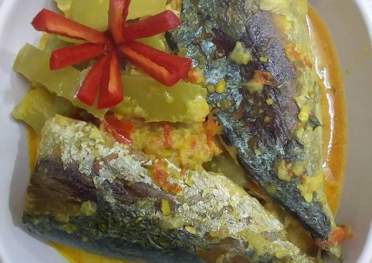 Sayur lodeh pare + ikan pindang