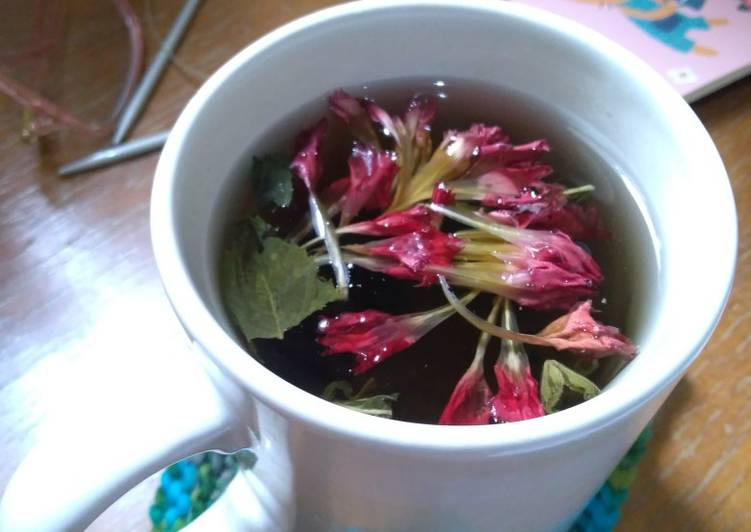 Red Carnation Mint Tea