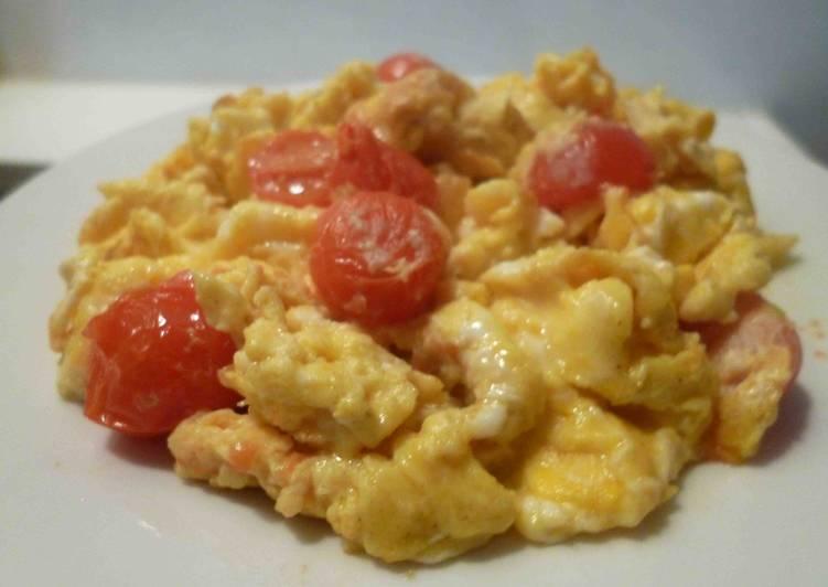 Scramble Eggs Keju Tomat