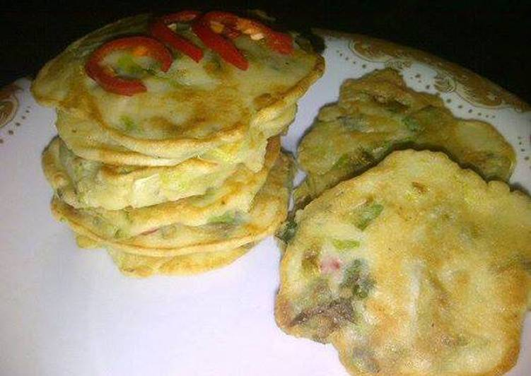 Korean Food: Spicy Kimchi Pancakes