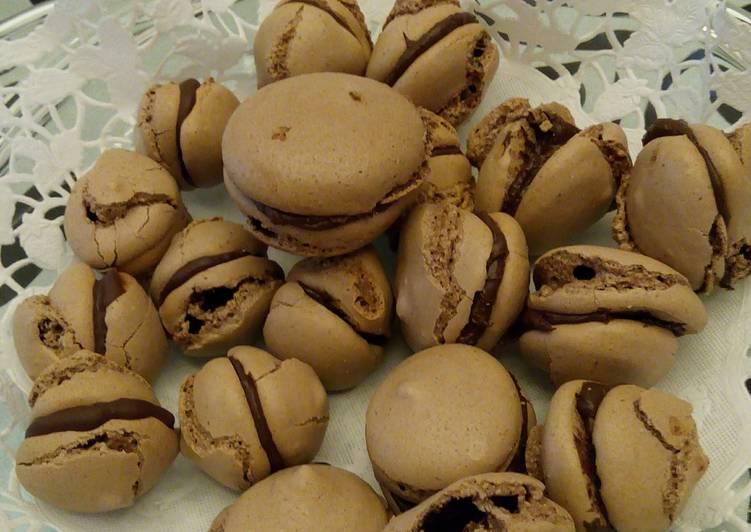 macaroon coklat mede