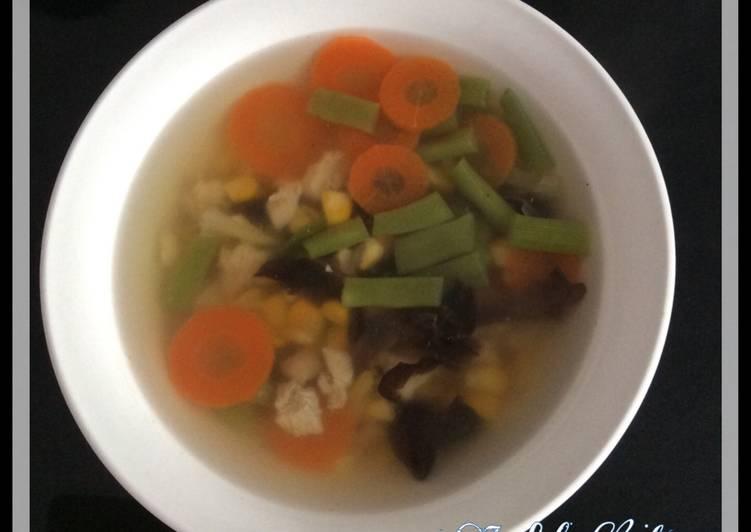 Resep Sup Ayam Jagung Bening Oleh Indah Lie Cookpad