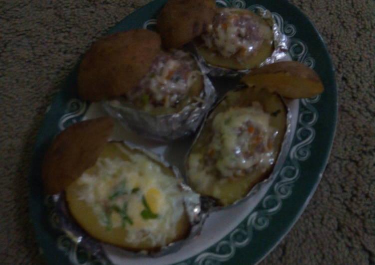 Langkah Mudah Membuat baked potato with beef n egg Bikin Ngiler