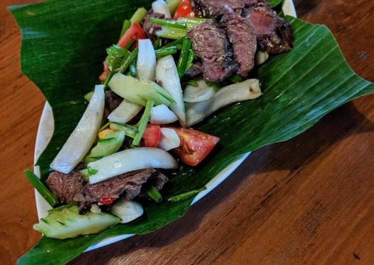 Yum Nue Yang (Thai Beef Salad)
