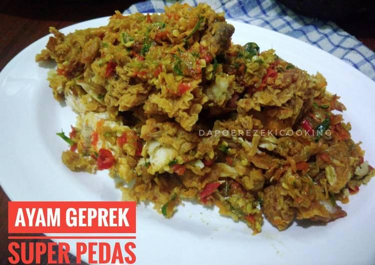 Ayam Geprek Super Pedas