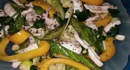 Hình ảnh món Mực xào bông cải ớt chuông dưa leo
