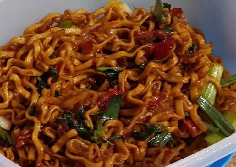 Resep Mie Goreng Pedas Favorite Oleh Els Cookpad