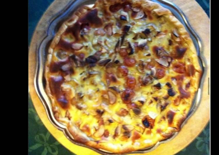 Recette De Tarte multi fruits (abricots prunes poires pommes) et amandes