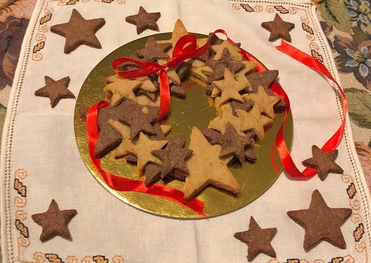 Ghirlanda di biscotti con cannella, zenzero e cioccolato🍪
