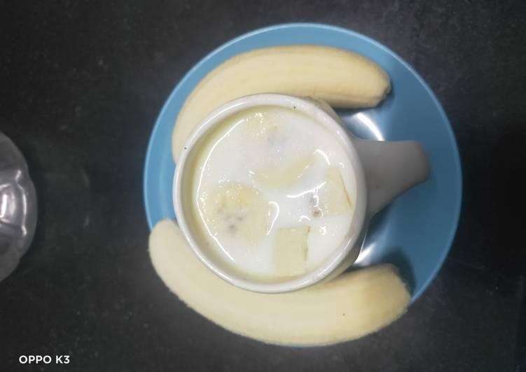 Recipe of Favorite Banana almond milk shake