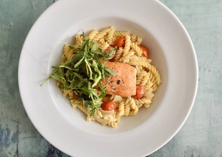 Step-by-Step Guide to Prepare Ultimate Tomato Salmon Pasta
