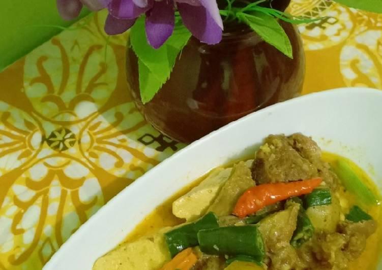 Kare Jawa daging kentang dan tahu (tanpa santan)