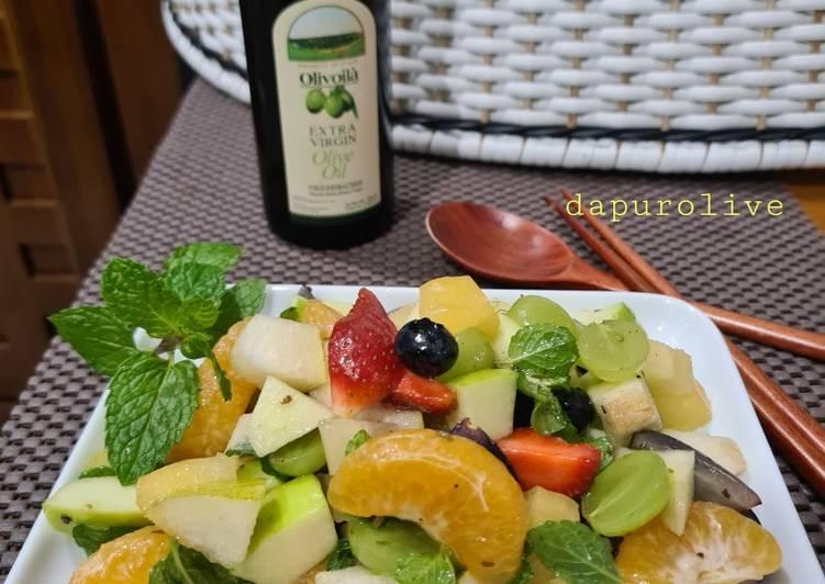 Salad Buah with Olivoila