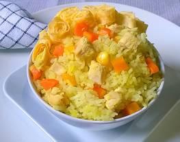 Nasi mutiara kuning(nasi kuning)