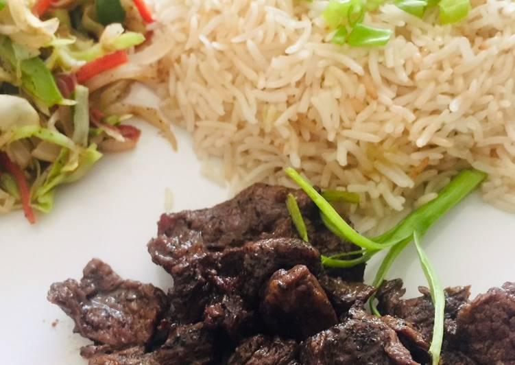 Teppanyaki Beef, Stir Vegetables and Garlic Rice
