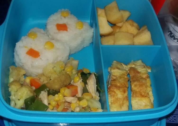 Resep Bekal Anak Tk Bento Sederhana Oleh Ade Lianita Cookpad