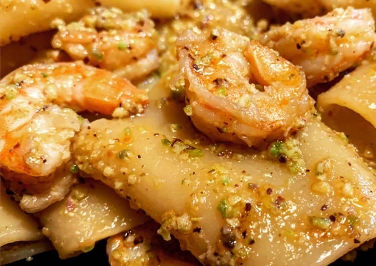 Ricetta Paccheri Con Gamberi E Pesto Di Pistacchi Di Labonny Cookpad