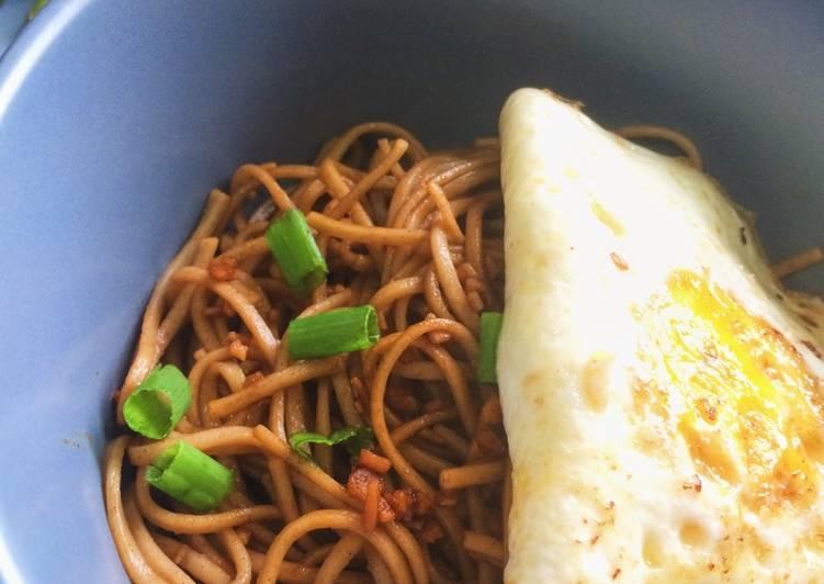 Sesame Garlic Soba Noodles with Fried Egg