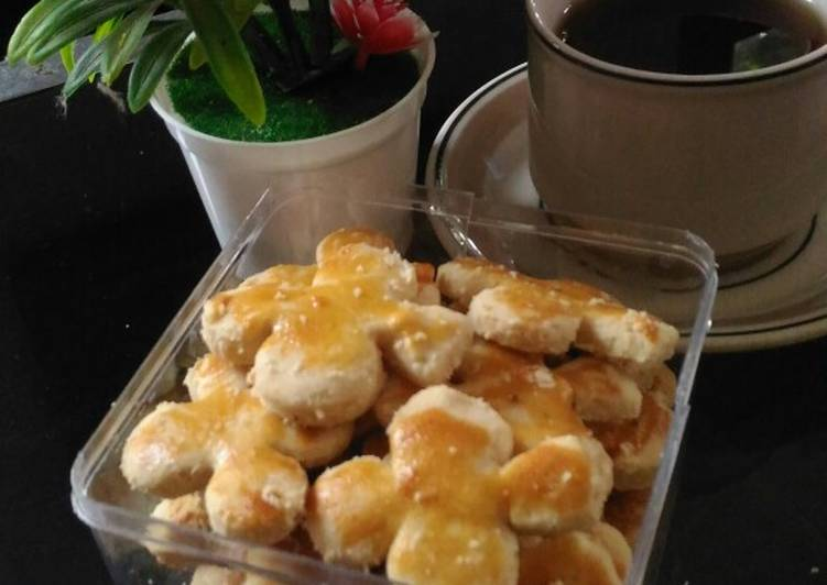 Roti kacang lembut dan renyah